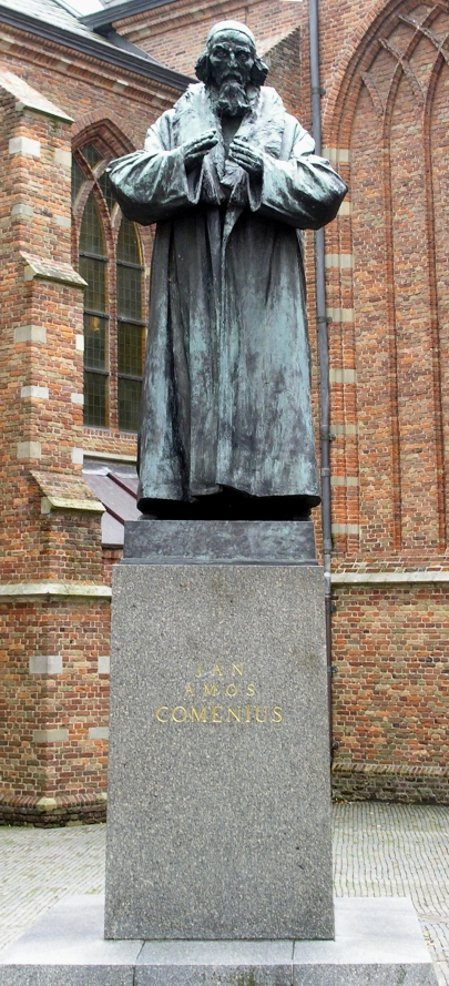 Comenius_statue_in_Naarden